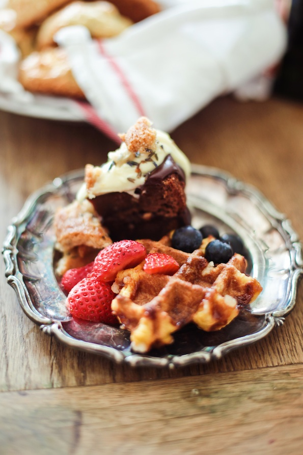 Waffles_Fruit